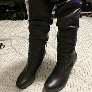 Jessica Simpson boots size 8